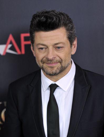 """Andy Serkis réalisera à l'automne prochain son troisième long métrage avec """"Venom 2"""", prévu pour une sortie en octobre 2020."""