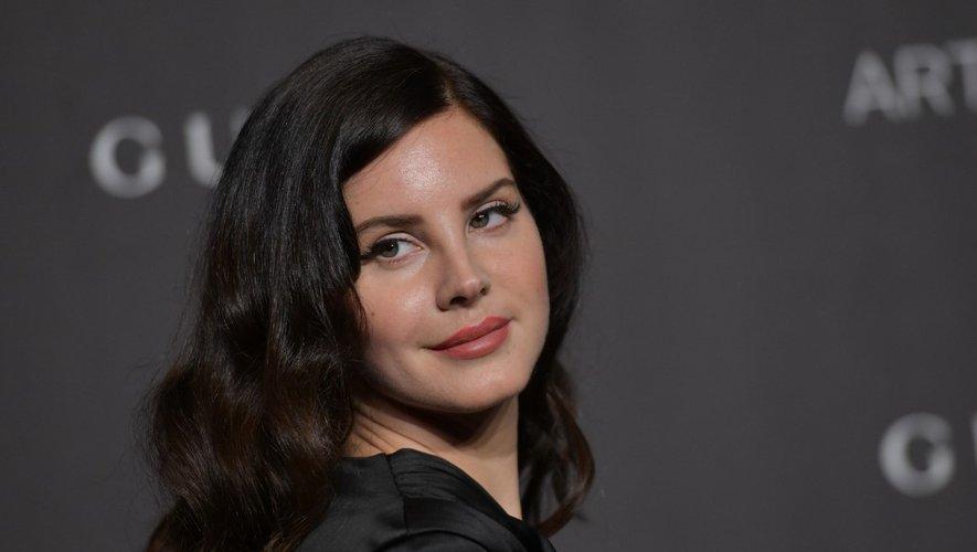 Lana Del Rey a réagi aux deux tueries qui ont frappé les Etats-Unis en publiant un nouveau morceau sur Instagram.