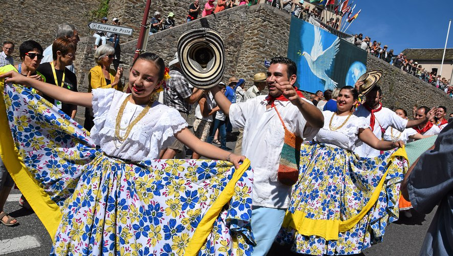 Comme tous les ans début août, le folklore international s'invite en Rouergue.