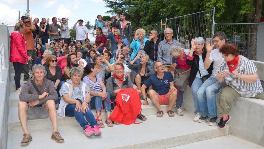 Les bénévoles se sont réunis dimanche midi pour partager un moment de convivialité.