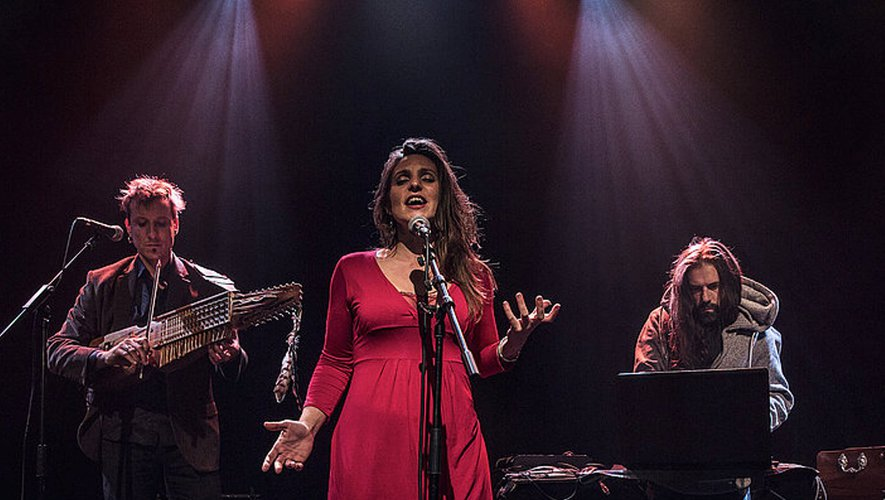 La Béluga, rencontre entre la musique traditionnelle occitane et le slam.