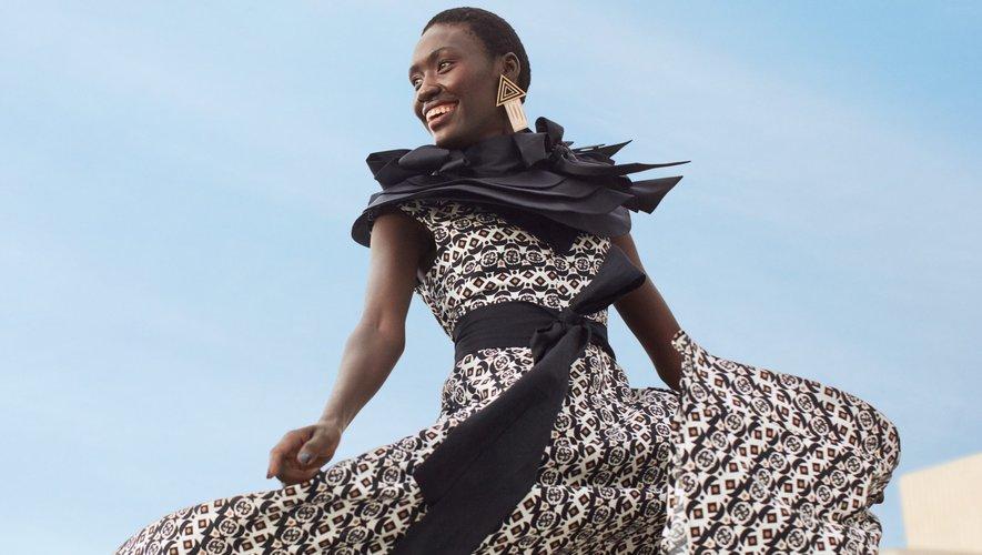 Une silhouette de la collection H&M x Mantsho