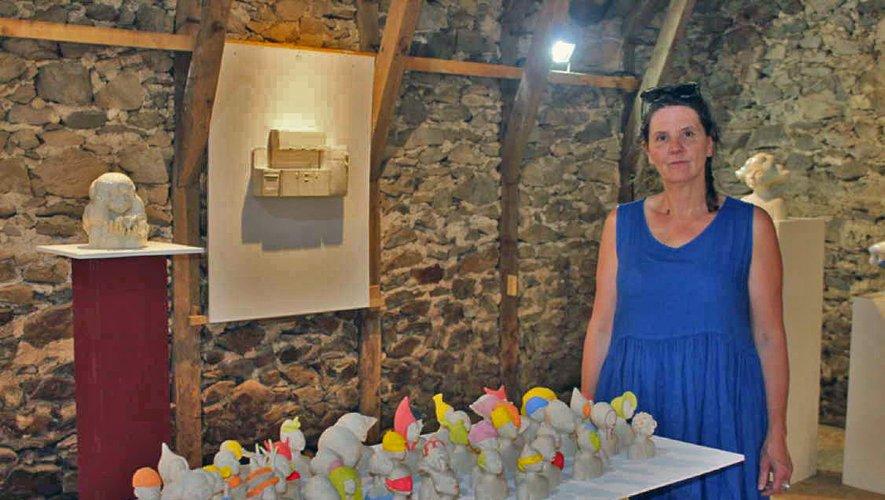 Marie-Laure Griffe expose  ses céramiques originales.