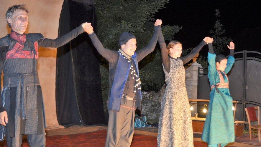 Au Crès, le 8 août 2018, la troupe avait fait gradins en plein air comble pour son spectacle « Le songe de Pénélope » grandement applaudi.