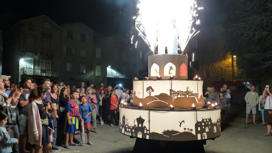 Un final en apothéose et un énorme gâteau