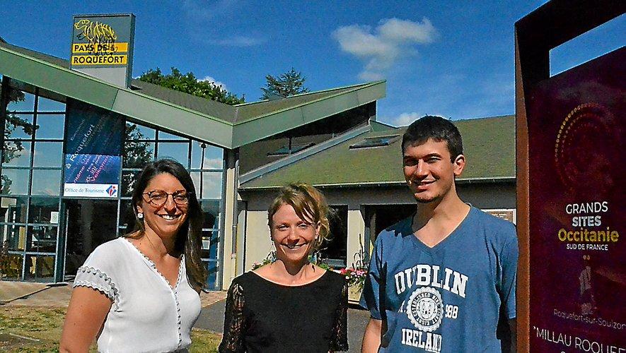 Mélanie Gavalda (à g.), directrice, avec Élodie Delpeuch, conseillère, et Maxime Falc, saisonnier.