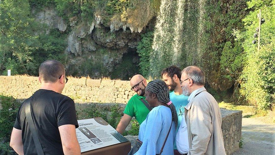 Les nouveaux panneaux sont le résultat d'un long travail de collaborations entre la mairie et de nombreuses personnes référentes spécialistes sur l'histoire et la géologie du site.