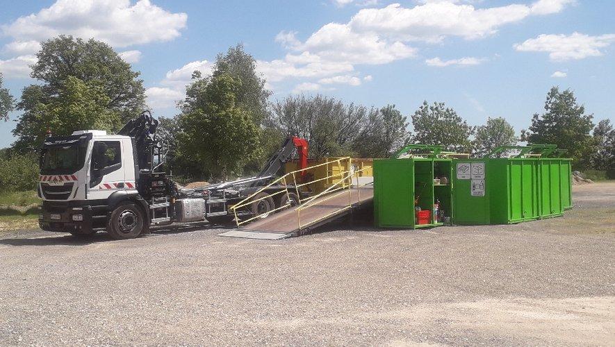 Un nouveau camion accompagne la déchetterie mobile pour arpenterle Nord-Aveyron.
