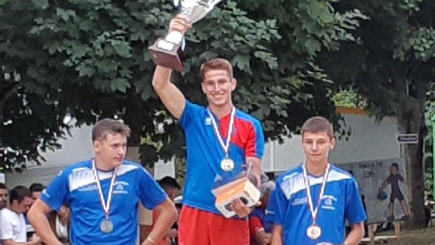 Hugo sacré champion de France 2019 et meilleur jeune.