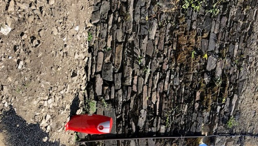 La borne à incendie a été installée au cœur du village de Cabrespines.
