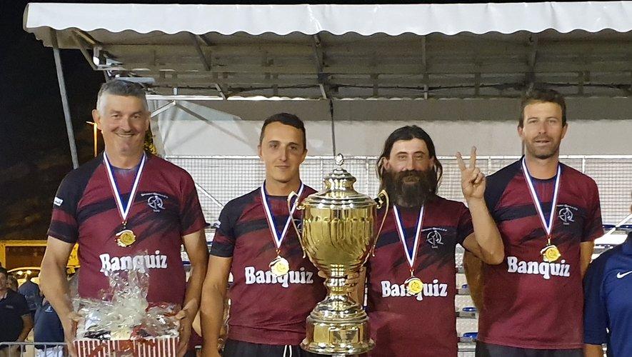 Laurent Izard, Quentin Vaurs,Stéphane Vigouroux et Fabien Albinet, fiers de présenter la Coupe de France.