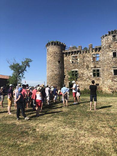 La balade contée autour du château.