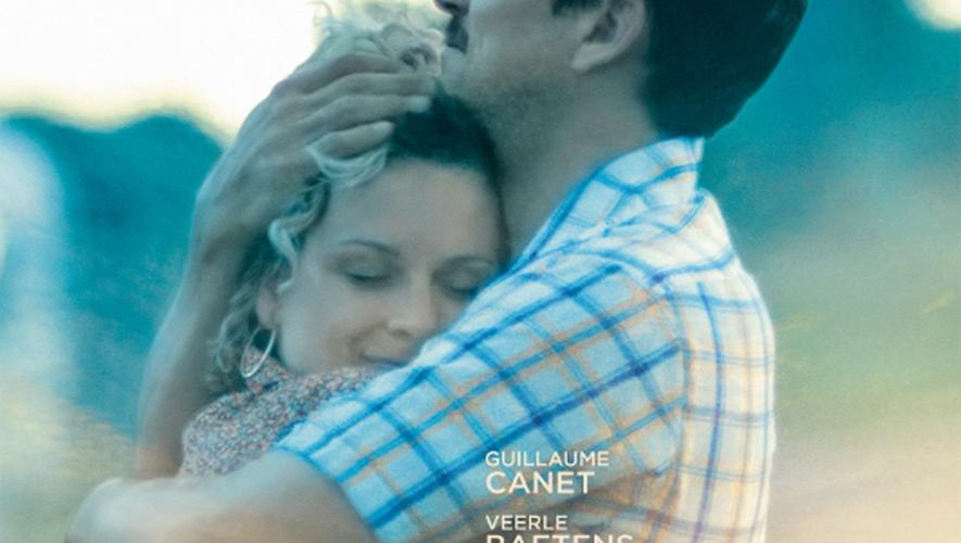 Guillaume Canet partage l'affiche du long-métrage avec l'actrice belge, Veerle Baetens.