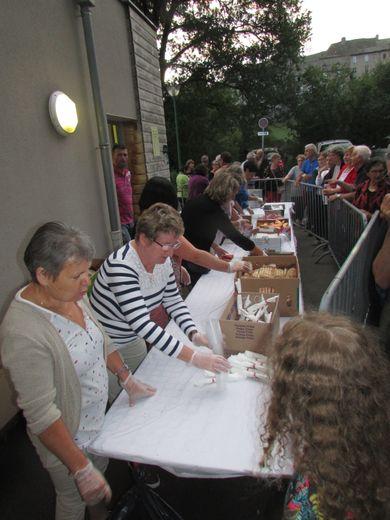 Sous l'impulsion d'un comité des fêtes organisé et dynamique, les nombreux bénévoles ont œuvré dans la bonne humeur pour une fête réussie.