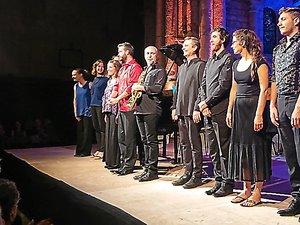 Clôture du Festival : les musiciens et Julie Pelat venus saluer le public nantais.