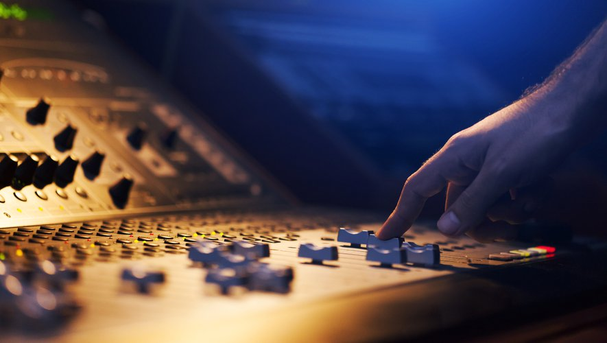 Le compositeur de musique électronique Fred Rister, compositeur de l'ombre du DJ David Guetta, est mort à l'âge de 58 ans.