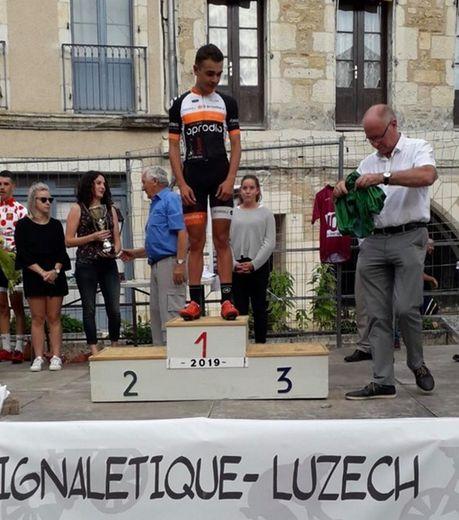 Élian Pialhoux, coureur  du Guidon, lors de sa récente victoire à Puy-l'Évêque.