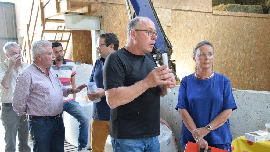 La préfète a visité l'exploitation de Serge Franc, aux Clauzels, sur la commune de La Terrisse.