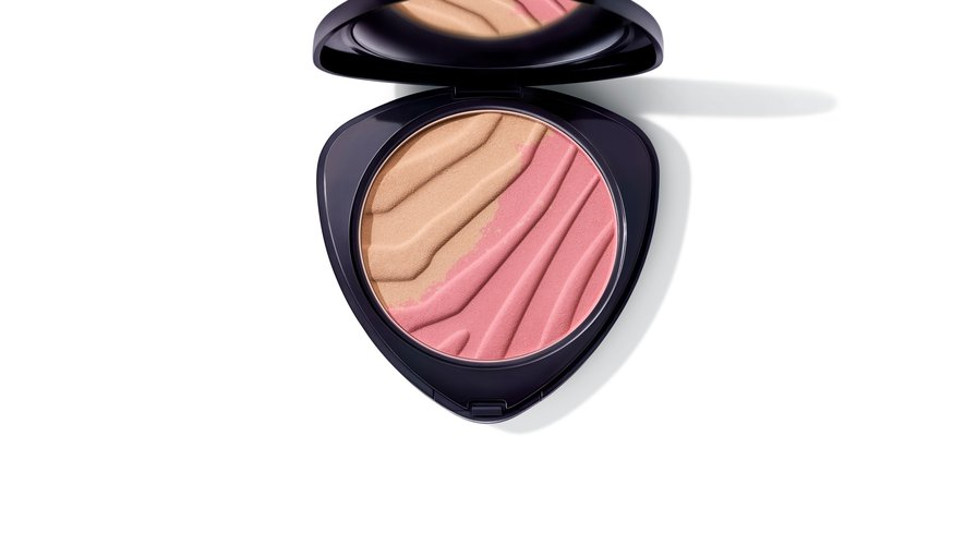"""Le """"Duo Blush"""" de la nouvelle collection de maquillage éphémère de Dr. Hauschka."""
