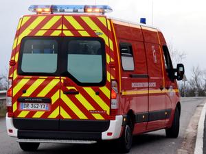 Le conducteur grièvement blessé a été transporté par les sapeurs-pompiers du Bassin au centre hospitalier de Rodez.