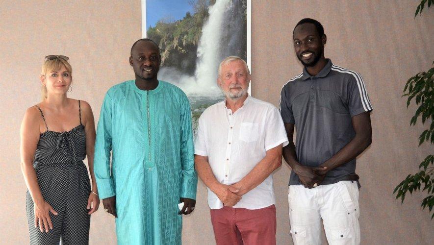 Issaka Diop invité du village  dans la perspective d'un éventuel jumelage avec Pikine Est