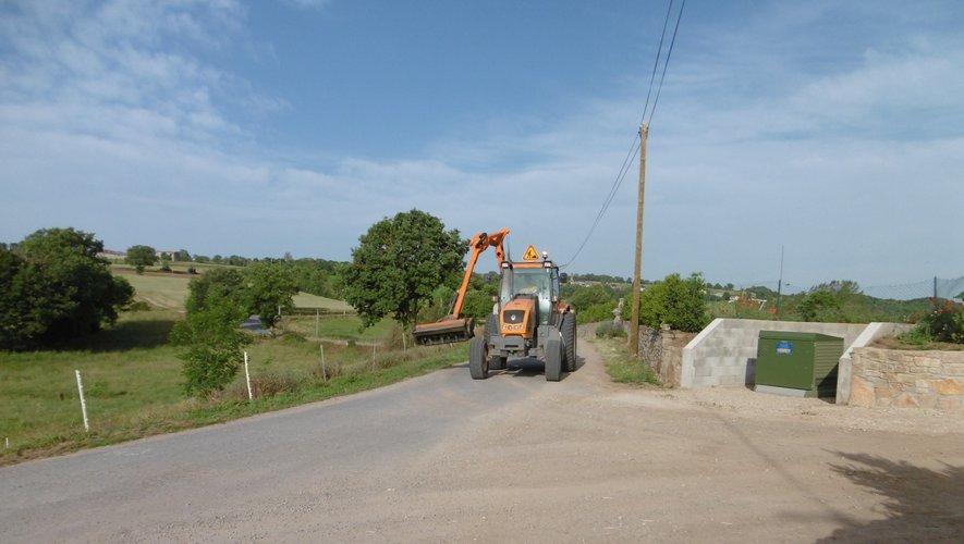 Le bord des routes a été nettoyé.