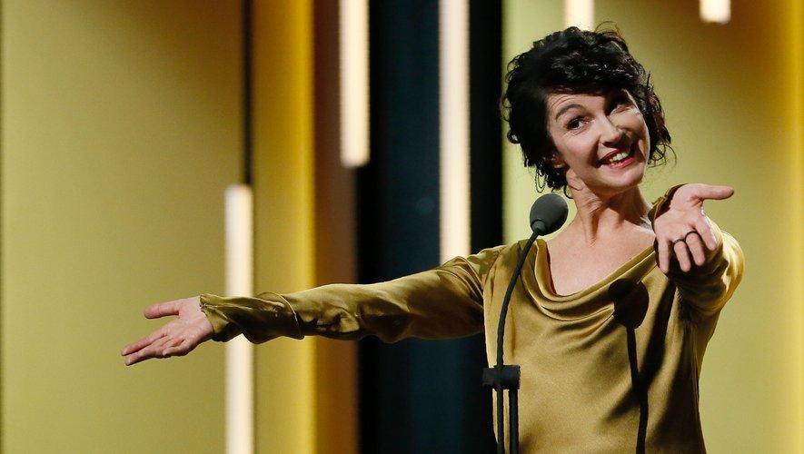 """La réalisatrice Zabou Breitman sacrée au festival d'Angoulême avec le drame d'animation """"Les Hirondelles de Kaboul"""""""
