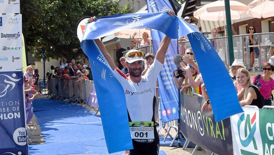 Sébastien Fraysse a affiché son écrasante supériorité.