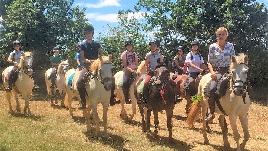 De nombreuses randonnées ont été proposées cet été aux amateurs d'équitation.