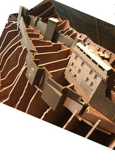 Une réalisation partielle de la maquette consacrée au vieux village de Brousse et ses monuments historiques.
