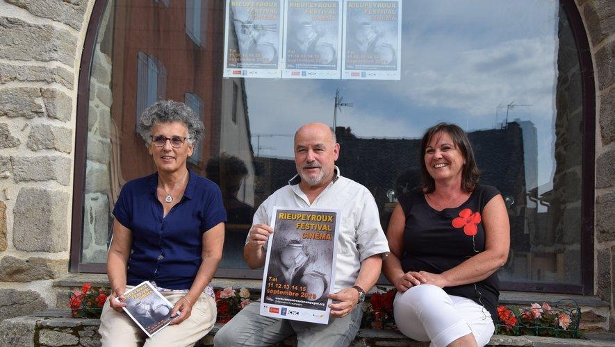 Chantal Guillot, Guy Pezet et Jocelyne Carle, chevilles ouvrières de l'association.