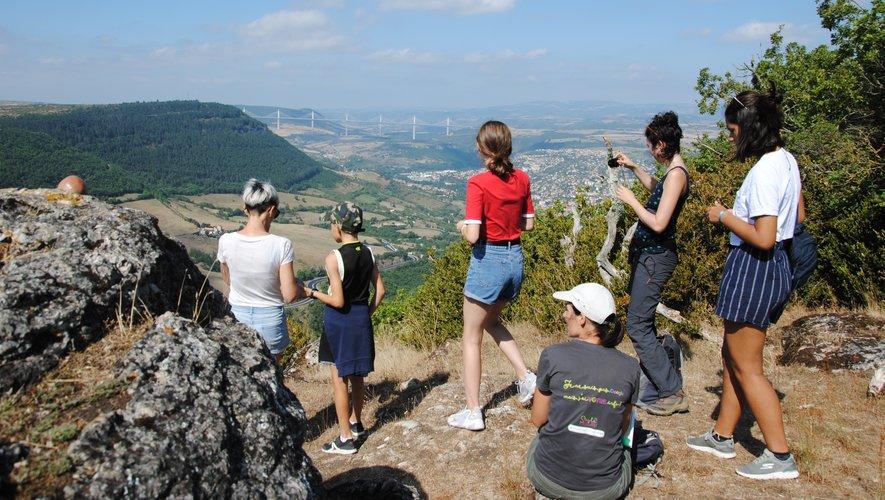 Visite du site archéologique de la Granède, sur les hauteurs.