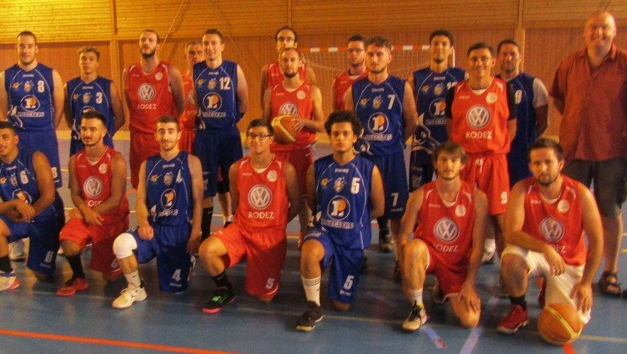 Les équipe de Rignac et Villefranche opposées en amical (46-65).
