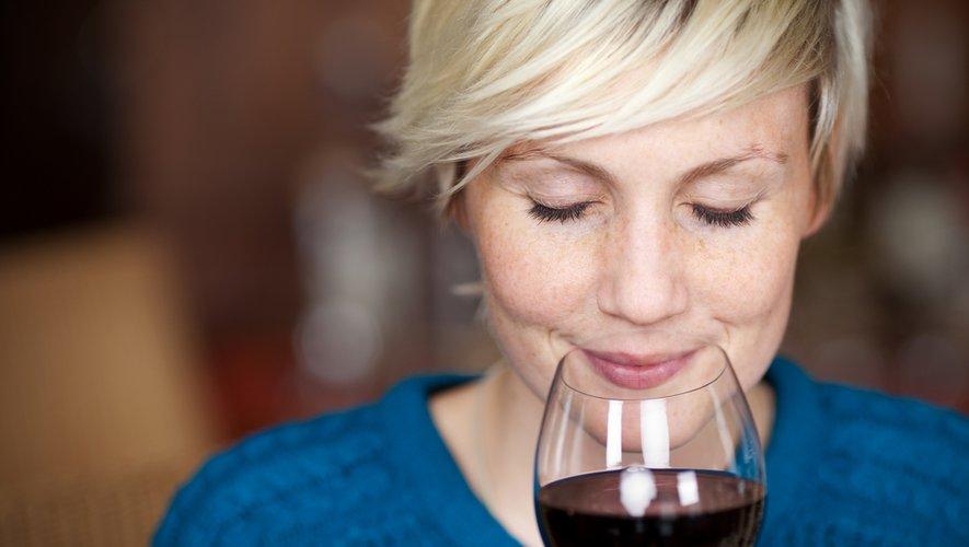 Les scientifiques du King's College de Londres ont étudié 916 femmes jumelles au Royaume-Uni et notamment leur consommation déclarée de bière, de vin, de cidre et d'alcools forts...