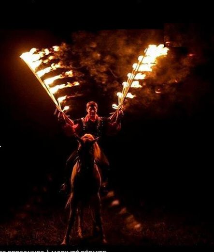 Spectacle chevaux et pyrotechnie, un moment de vrai bonheur…