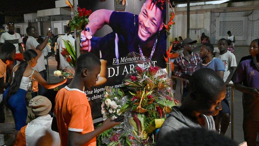 DJ Arafat, de son vrai nom Ange Didier Houon, est mort le 12 août des suites d'un accident de moto à Abidjan.