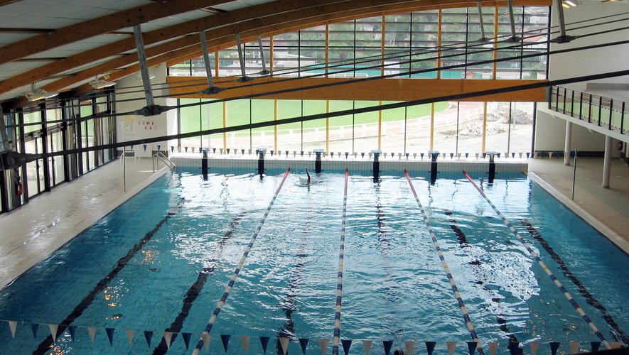 Le centre nautique Aqualudis de Villefranche-de-Rouergue accueille les entraînements du Cercle des nageurs villefranchois.