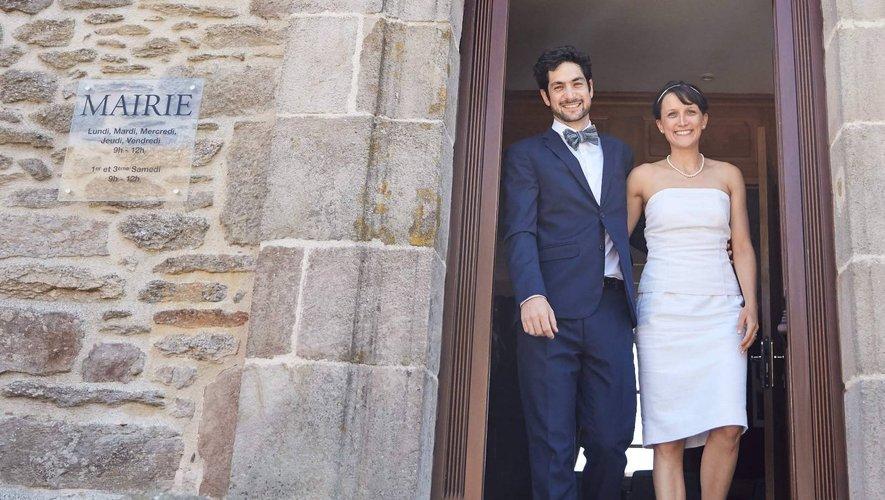 Maxime et Sophie à la mairie de Curan.