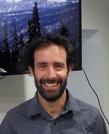 Maxime Authier, animateur du club photo de Gages.