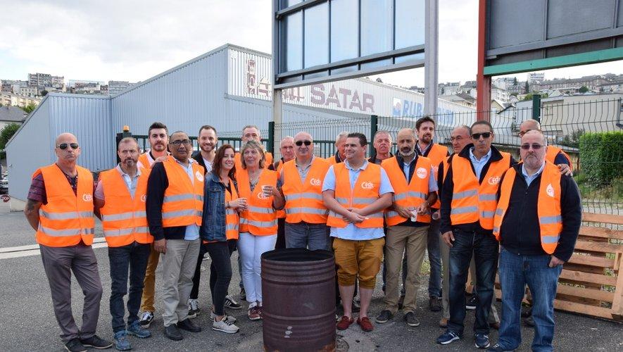 La conducteurs de bus grévistes se sont retrouvés devant le dépôt, avenue de Toulouse, ce lundi 2 septembre.