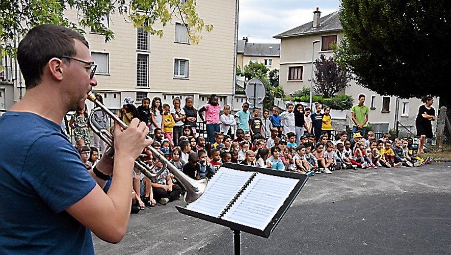 Rentrée en musique à l'école de Gourgan.