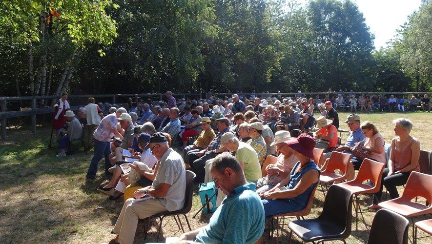 Chaque année, le pèlerinage à la Vierge de Peyrebrune attire un grand nombre de fidèles