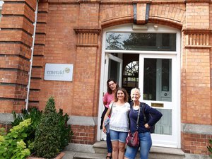 De gauche à droite : Stéphanie Testor, Nathalie Mathieu, Anne Verlaguet.