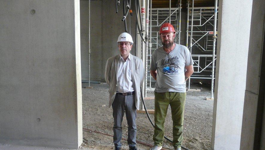 Jean-Philippe Keroslian avec Frank Jouvin, directeur adjoint des services techniques.