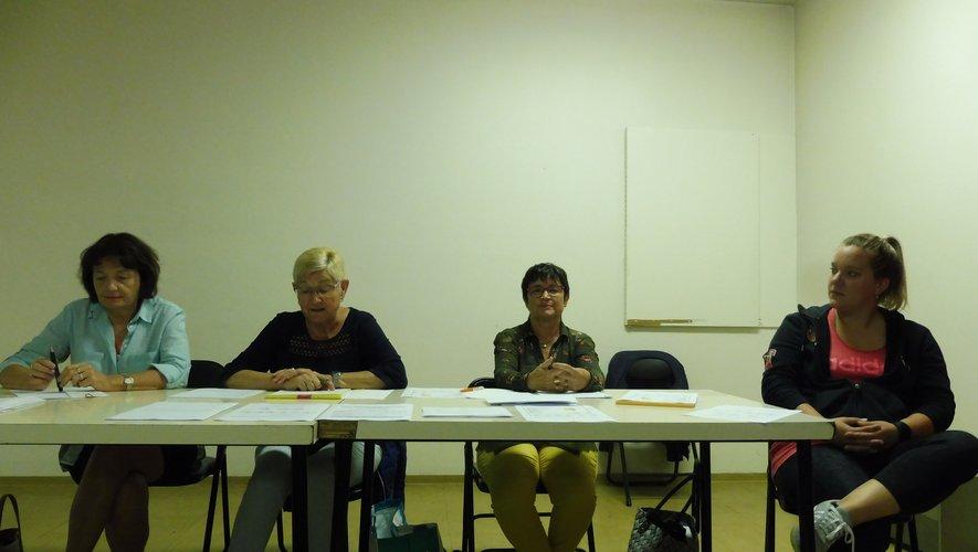 Les responsables de l'association, lors de l'assemblée générale.
