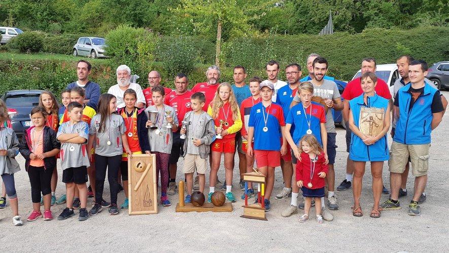 La remise des prix a permis de récompenser les joueurs des quatre clubs