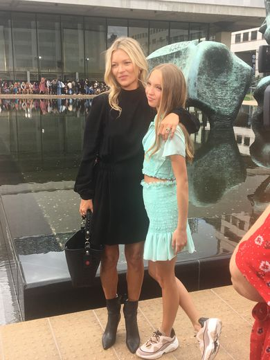 Kate Moss et sa fille Lila Grace au défilé Longchamp à New York.