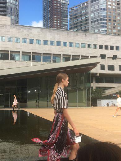 Le défilé Longchamp organisé au Lincoln Center à New York.