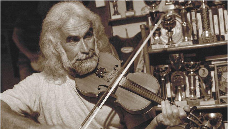 Robert Mestre s'adaptera aux danseurs avec de la musique traditionnelle ou folk.