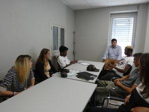 Les stagiaires sont venus visiter l'entreprise Alméras.